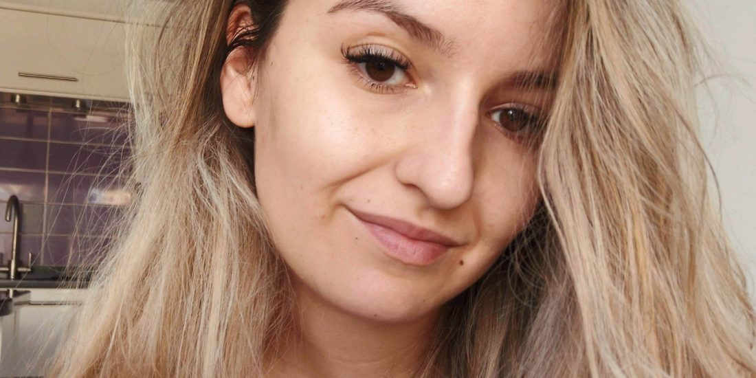 Why I Stopped Wearing Makeup Featured Image