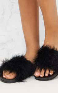 PRETTY LITTLE THING Feather Sliders